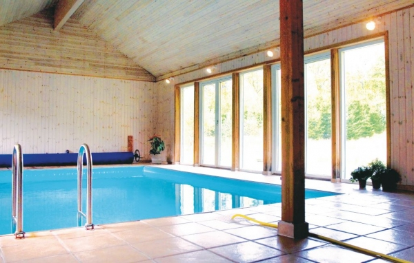 Hus med pool i Halland