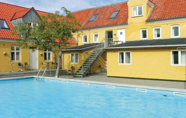 Hus med pool i Bornholm