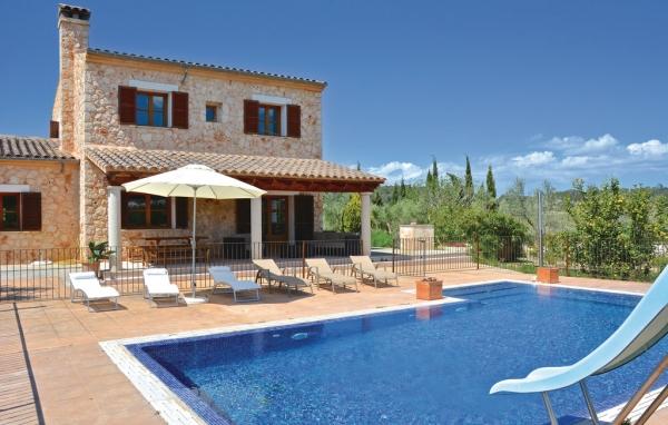 Hus med pool i Grekland